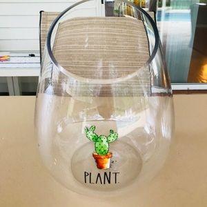 Rae dunn bloom vase